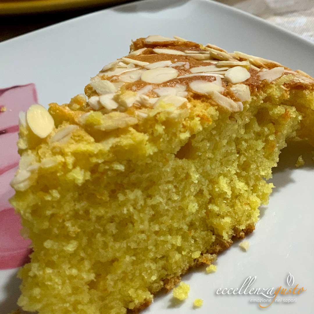 torta-semplice-alle-mandorle-eccellenzagusto